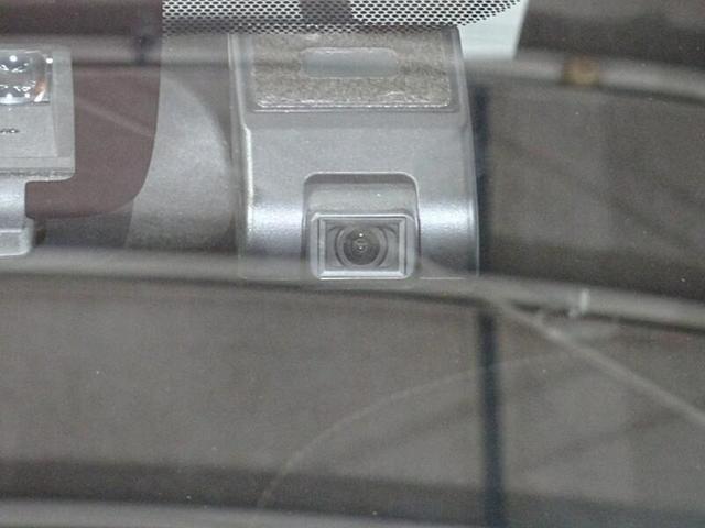 Sスタイルブラック ワンオーナー ナビゲーション&フルセグTV CD&DVD再生 バックモニター ETC スマートエントリー LEDヘッドランプ ドライブレコーダー(11枚目)
