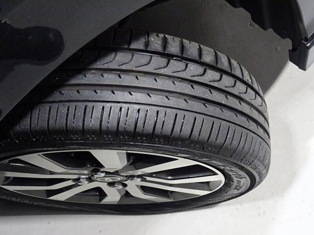納車時には、溝だけでなく、タイヤの劣化等もしっかり点検の上、納めさせていただきます。