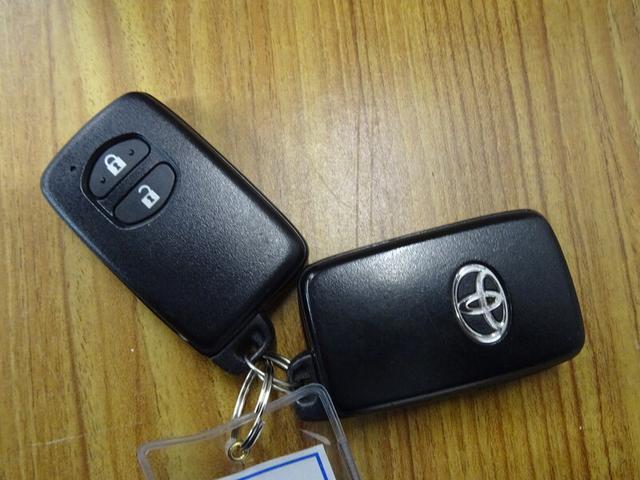 「トヨタ」「プリウスα」「ミニバン・ワンボックス」「島根県」の中古車26