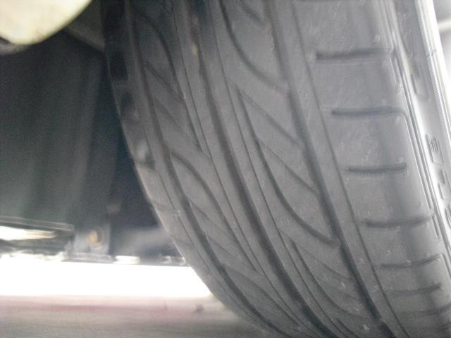 左前タイヤです♪