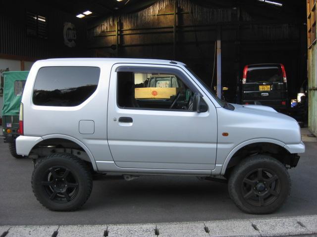 XL 4WD リフトアップ 16ホイル 外マフラー ETC(8枚目)