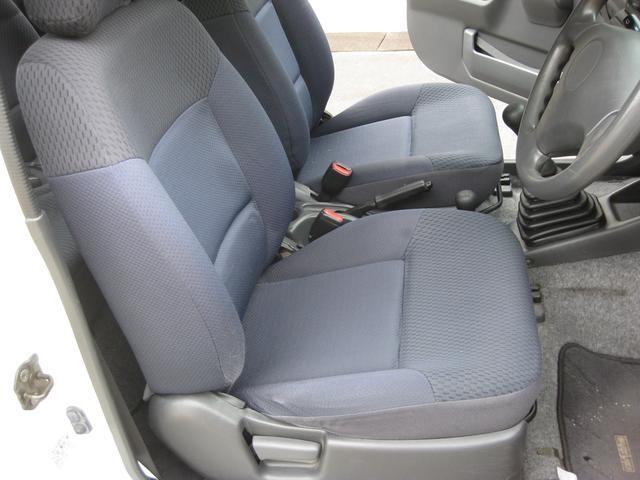 フロントシートもキレイです!!