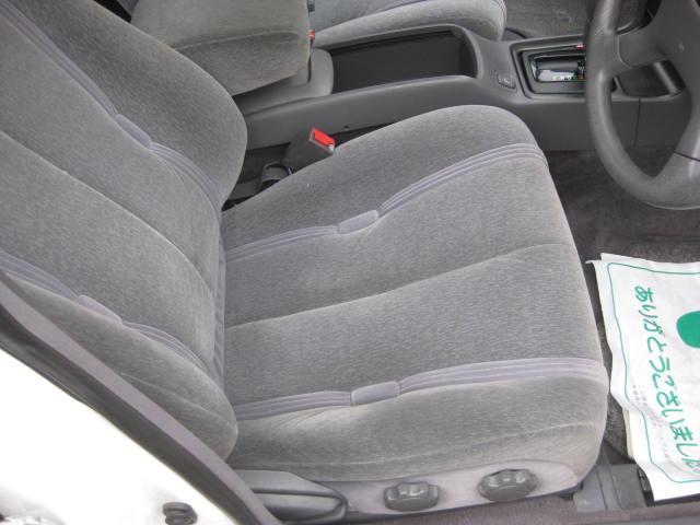 グランデ フル装備 オートマ 走行距離49300キロ タイミングベルト交換済み ETC タイヤ4本新品交換 GX81 集中ドアロック 室内清掃(13枚目)
