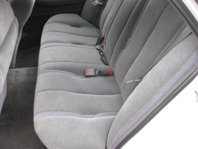 グランデ フル装備 オートマ 走行距離49300キロ タイミングベルト交換済み ETC タイヤ4本新品交換 GX81 集中ドアロック 室内清掃(16枚目)