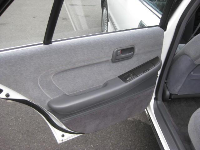 グランデ フル装備 オートマ 走行距離49300キロ タイミングベルト交換済み ETC タイヤ4本新品交換 GX81 集中ドアロック 室内清掃(27枚目)