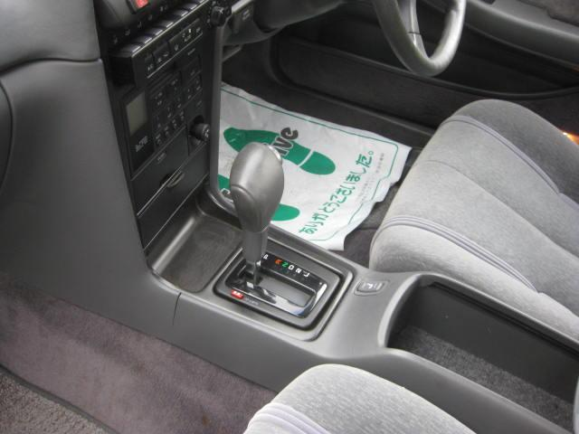 グランデ フル装備 オートマ 走行距離49300キロ タイミングベルト交換済み ETC タイヤ4本新品交換 GX81 集中ドアロック 室内清掃(38枚目)