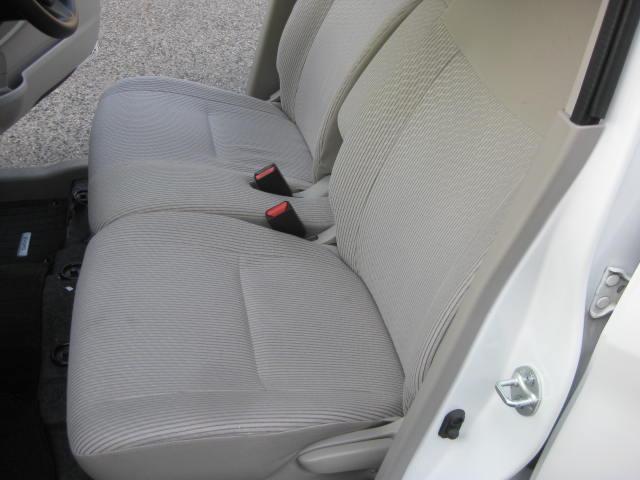 S 4WD キーレス フル装備 1年保証付き ETC タイミングチェーン タイヤ4本新品交換 CD シートヒーター アイドリングストップ付 インパネオートマ 室内清掃(16枚目)
