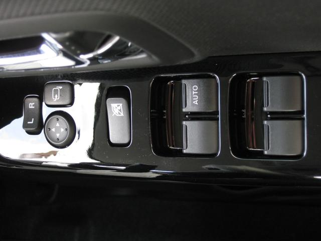 ハイブリッドXS 届出済未使用車 メーカー保証 禁煙車(5枚目)