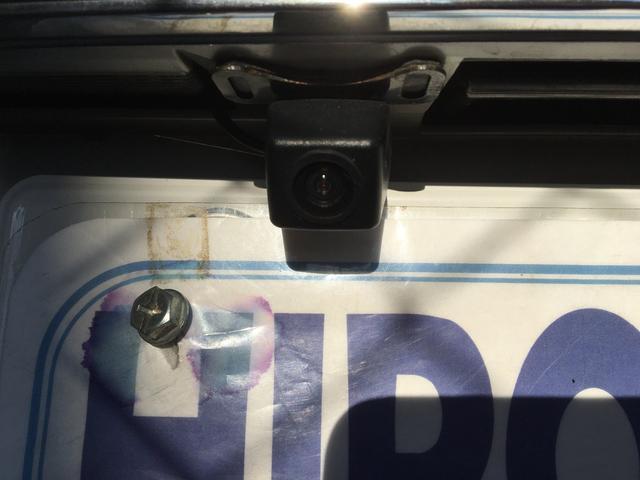 便利なバックカメラ付いてます!