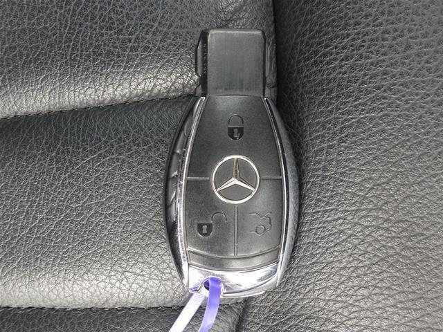 ☆☆☆【運転席&助手席の方を守るW&サイド&カーテンエアバッグ装備で安心!さらにABS(アンチロックブレーキシステム)装備で急ブレーキからくるタイヤのロックを防ぎます】★★★