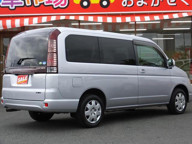 Gハッピーエディション 4ナンバー改造車 3人乗り(2枚目)