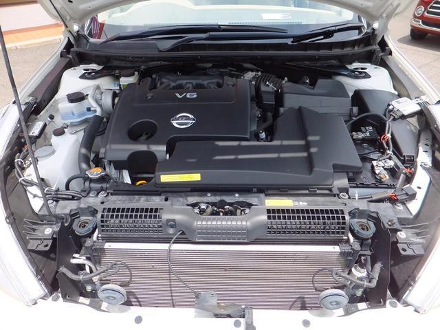 ◆◆◆【エンジンはタイミングチェーン式で、走行10万kmでタイミングベルトの交換が必要なく出費も少ないクルマです】◆◆◆