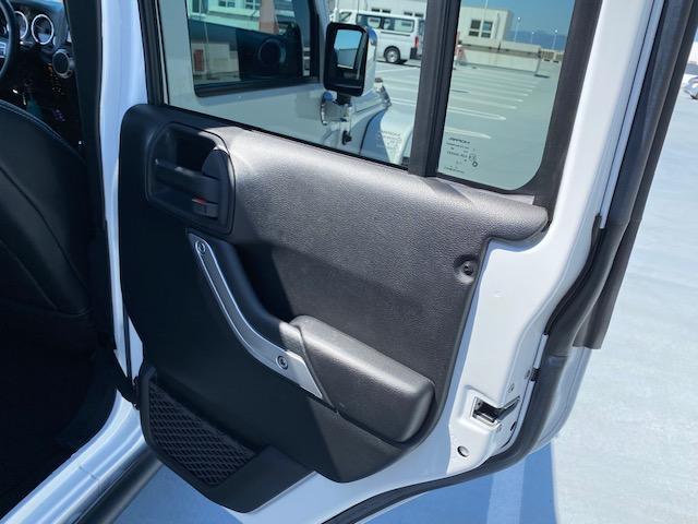 「その他」「ジープラングラーアンリミテッド」「SUV・クロカン」「広島県」の中古車41