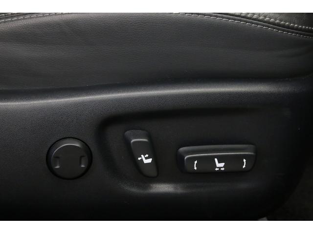 トヨタ プリウスPHV Gレザーパッケージ プリクラッシュ 黒本革 LED 純正ナビ