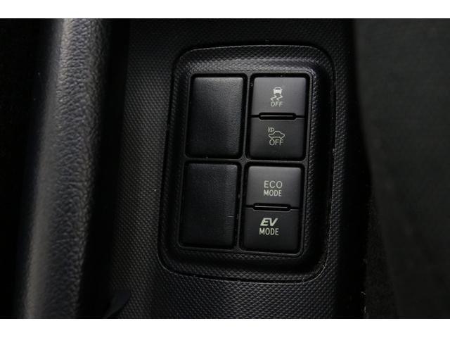 トヨタ アクア S 自動ブレーキ 純正エアロ 純正SDナビ スマートキー