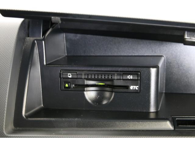 純正のETCはハンドル奥の小物入れ内にあります。
