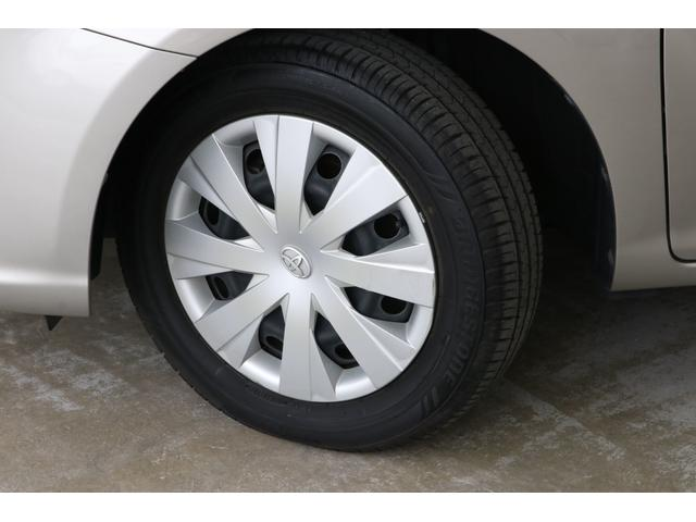 タイヤの溝もまだありす。最近多い安物のアジアメーカータイヤではなく、ブリヂストン製を装着しているのも嬉しいですね。