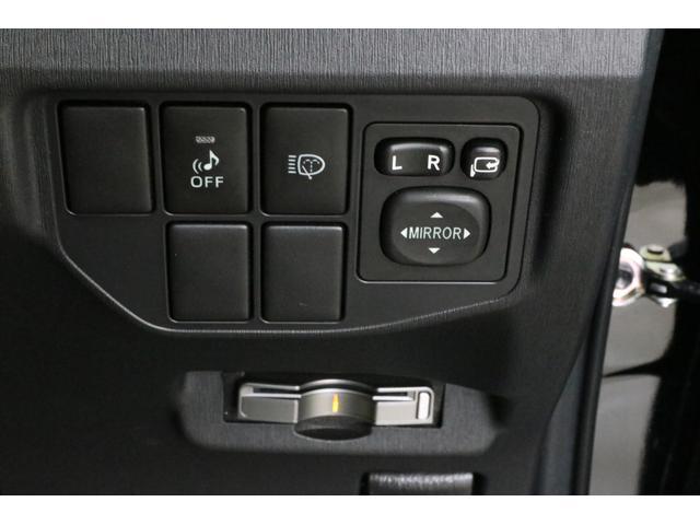 Sツーリングセレクション 純正HDDナビ LEDヘッドライト スマートキー バックカメラ ビルトインETC 全国1年保証付 革巻ハンドル サイドカーテンエアバッグ フォグランプ オートライト DVD再生 Bluetooth接続(17枚目)
