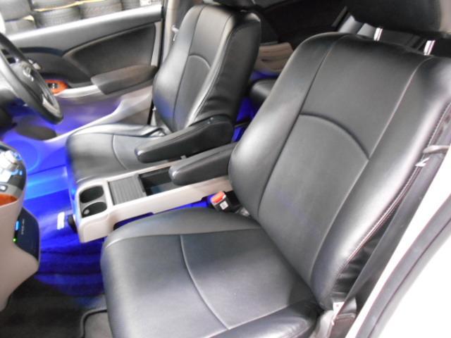運転席、助手席になります。ご来場のうえ程度をご確認ください。
