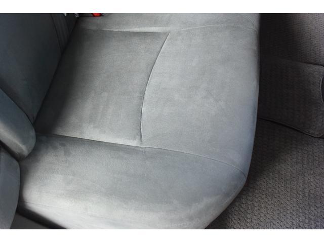 「トヨタ」「プリウス」「セダン」「岡山県」の中古車33