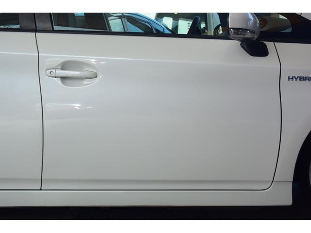 「トヨタ」「プリウス」「セダン」「岡山県」の中古車63