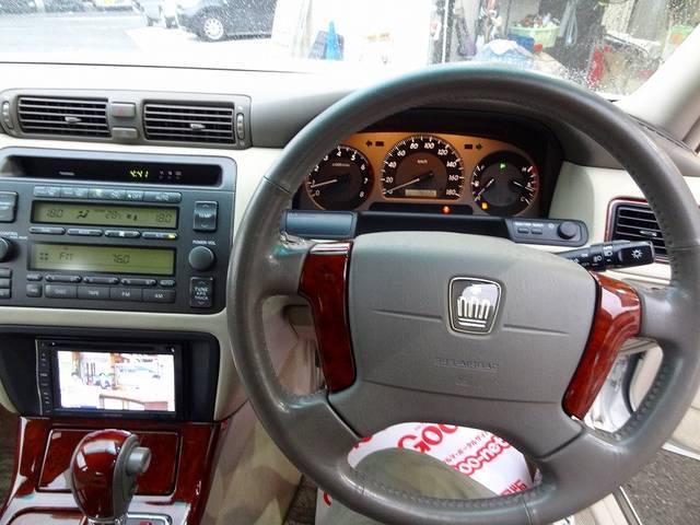 トヨタ クラウン ロイヤルサルーン 19inアルミ 新品タイヤ 新品ローダウン