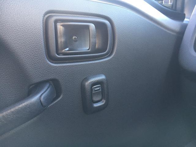 スタンダードSAIIIt 60th Thank you HIJET 4WD 届出済み未使用車 スタイリッシュパック 省力パック LEDヘッド&LEDフォグ メッキフロントグリル キーレス パワーウインドウ 足元マット バイザー(21枚目)