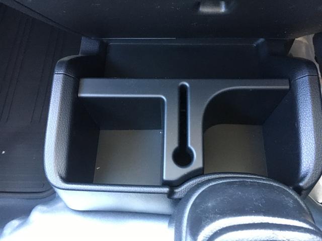 スタンダードSAIIIt 60th Thank you HIJET 4WD 届出済み未使用車 スタイリッシュパック 省力パック LEDヘッド&LEDフォグ メッキフロントグリル キーレス パワーウインドウ 足元マット バイザー(26枚目)