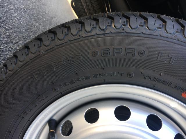 スタンダードSAIIIt 60th Thank you HIJET 4WD 届出済み未使用車 スタイリッシュパック 省力パック LEDヘッド&LEDフォグ メッキフロントグリル キーレス パワーウインドウ 足元マット バイザー(33枚目)