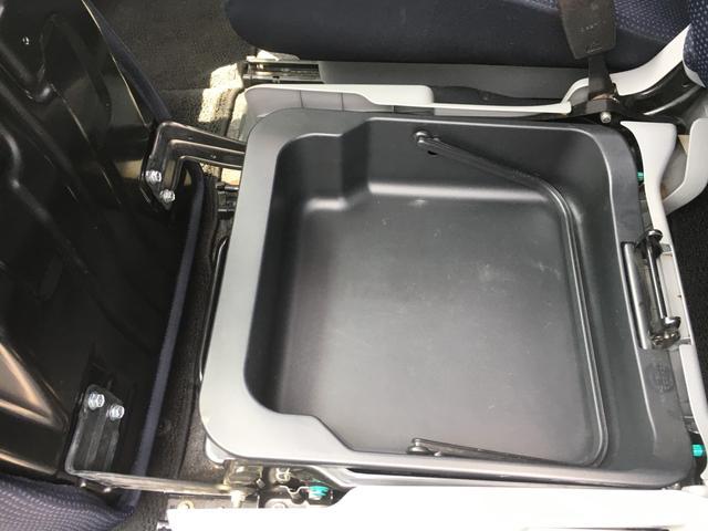 FXリミテッドII HDDナビ 地デジワンセグTV キーレスプッシュスタートシステム ETC 純正14インチアルミ オートエアコン HIDヘッドライト(17枚目)