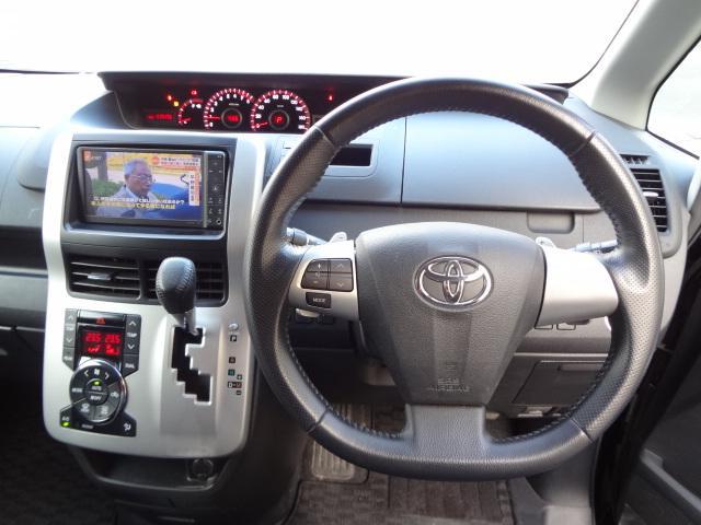 トヨタ ヴォクシー ZS 煌 4WD HDDナビ フルセグTV スマートキー