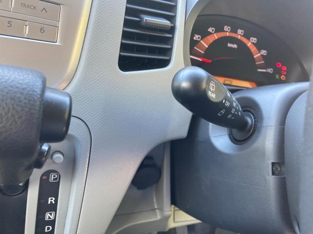 FX 4WD CD キーレス 13インチアルミホイール ABS シートヒーター セキュリティ(32枚目)