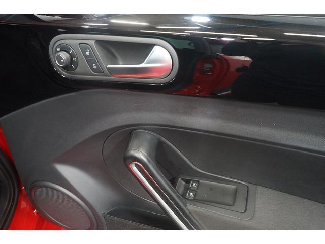 Rライン ワンオーナー Rカメラ ナビTV クルーズコントロール 禁煙車 ETC HIDヘッドライト フルセグ CD DVD再生可能 Bluetooth接続 スマートキー SDナビ 盗難防止システム Wエアコン(58枚目)