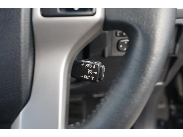 TX Lパッケージ 4WD サンルーフ 黒革 ルーフレール ナビTV 禁煙 Bカメラ ETC クルーズコントロール パークアシスト ワンオーナー 3列シート パワーシート シートヒーター フルセグ CD DVD BT接続(8枚目)