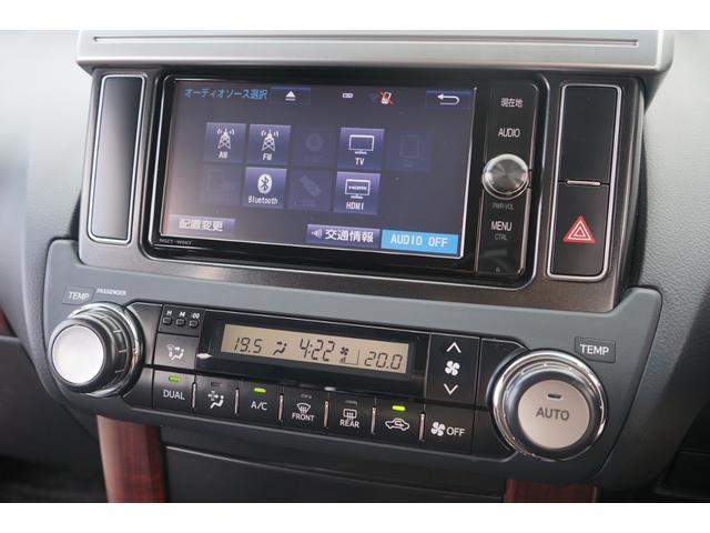 TX Lパッケージ 4WD サンルーフ 黒革 ルーフレール ナビTV 禁煙 Bカメラ ETC クルーズコントロール パークアシスト ワンオーナー 3列シート パワーシート シートヒーター フルセグ CD DVD BT接続(11枚目)