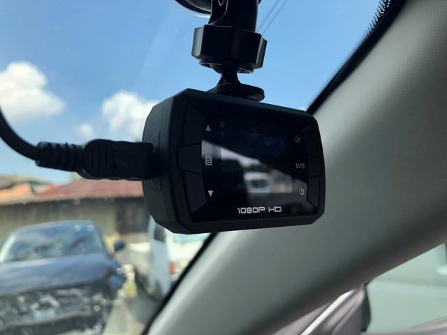 ハイブリッド-S Lパッケージ ナビ フルセグ DVD バックカメラ ドラレコ 衝突軽減 ETC HID スマートキー&プッシュスタート シートヒーター(10枚目)