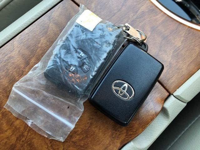 2.0G スペリアパッケージ ナビ 地デジ DVD ETC スマートキー&プッシュスタート 革シート シートヒーター パワーシート(10枚目)