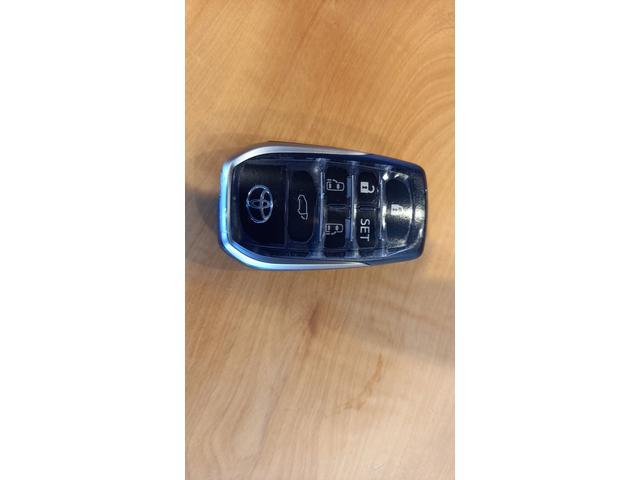 2.5S Cパッケージ  JBL Bluetooth  ドライブレコーダー  電動フリップダウンモニター メーカーナビ CD DVDデッキ サンルーフ モデリスタエアロキット 置くだけ充電 シグネチャーイルミ LEDフットライト(39枚目)