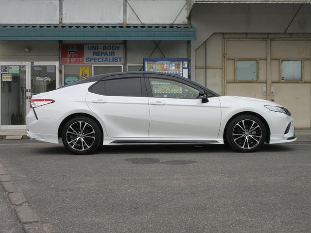 「トヨタ」「カムリ」「セダン」「広島県」の中古車30