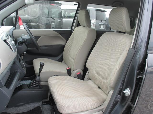 FX フルタイム4WD・5MT・純正CDステレオ・キーレス・オートエアコン・運転席シートヒーター(13枚目)