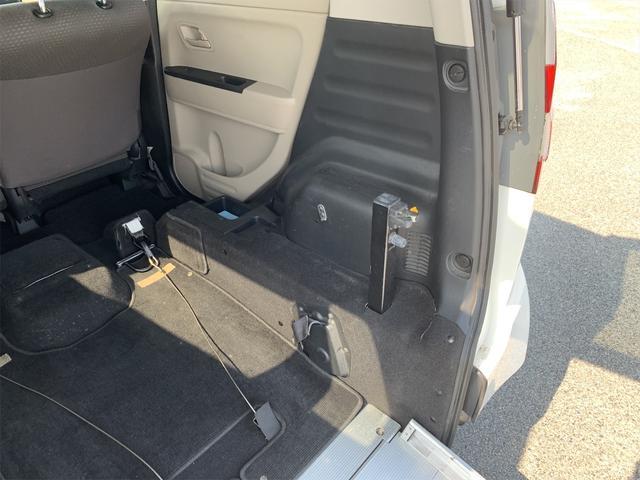 車いす移動車 スローパー 福祉車両 バックカメラ 3人乗り(16枚目)