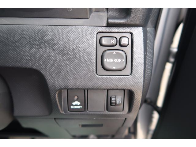 トヨタ ラクティス X Lパッケージ スマートキー