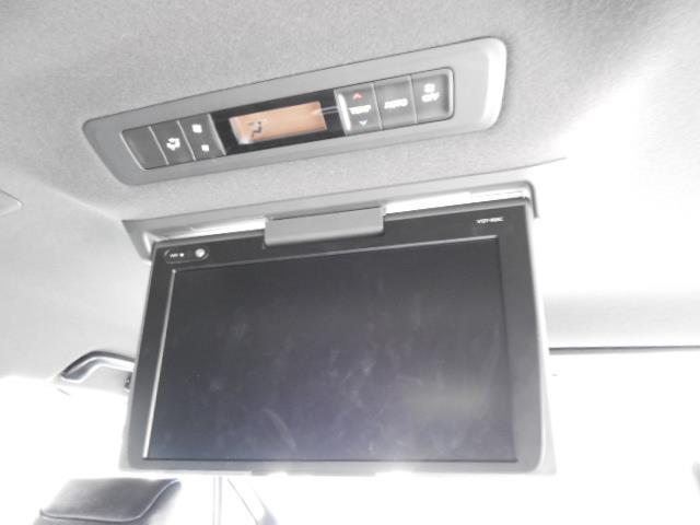 Gi ブラックテーラード フルセグ メモリーナビ DVD再生 後席モニター バックカメラ 衝突被害軽減システム 両側電動スライド LEDヘッドランプ ウオークスルー 乗車定員7人 3列シート ワンオーナー アイドリングストップ(19枚目)