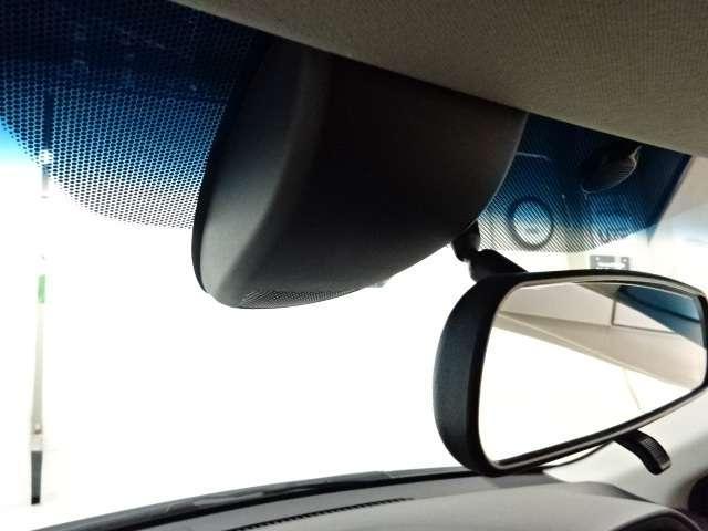 【シティブレーキアクティブシステム】約30km/h以下での前方車両との衝突の回避・軽減を支援します。でも過信は禁物ですよ!