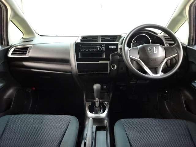 13G・F ワンオーナー CD スマートキー 横滑り防止 CDオーディオ スマートキー 盗難防止装置 ABS キーフリー フルオートエアコン 1オナ車 i-STOP(5枚目)