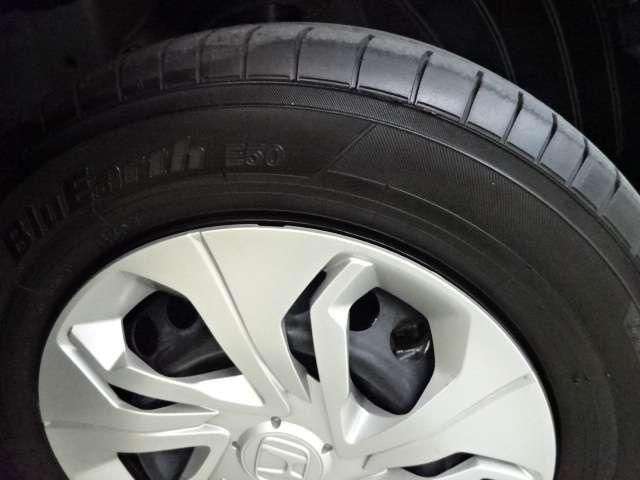 13G・F ワンオーナー CD スマートキー 横滑り防止 CDオーディオ スマートキー 盗難防止装置 ABS キーフリー フルオートエアコン 1オナ車 i-STOP(17枚目)