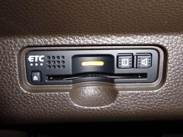 L・ターボホンダセンシング 当社デモカー ナビ リヤカメラ LED ETC キーレス シートヒーター バックモニター LED 禁煙車(14枚目)
