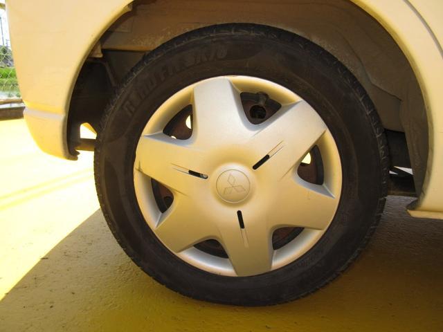 タイヤもまだまだ使えそうです♪軽自動車のタイヤは新品も安いです。込み込み価格のeKワゴン!お早めに在庫確認を♪