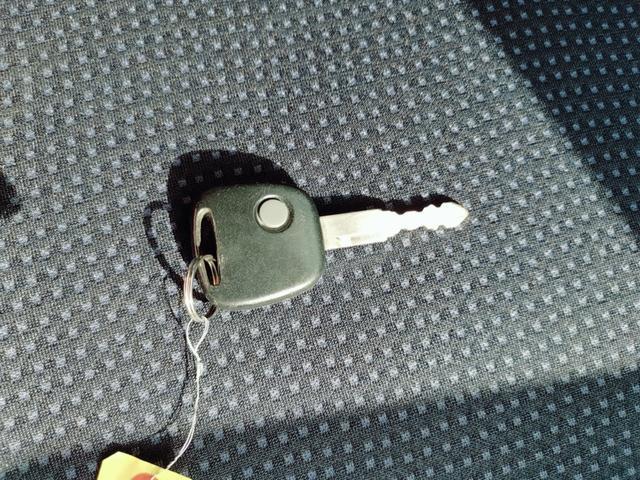 FX アルミホイール オートマ ダッシュオートマ キーレス 電格ミラー シルバー オーディオ エアコン フル装備 社用車 プライベート ベンチシート フルフラット タイミングチェーン チェーン式 スズキ(46枚目)