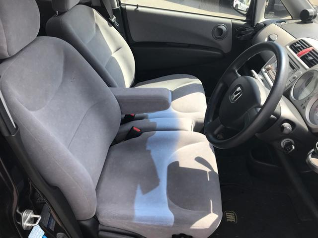 板金・塗装は当社の得意分野です!!お車ご購入後に、「ぶつけてしまった・・・」、「擦ってしまった・・・」など万が一のときもご安心ください!確かな技術でしっかりと仕上げていきます!